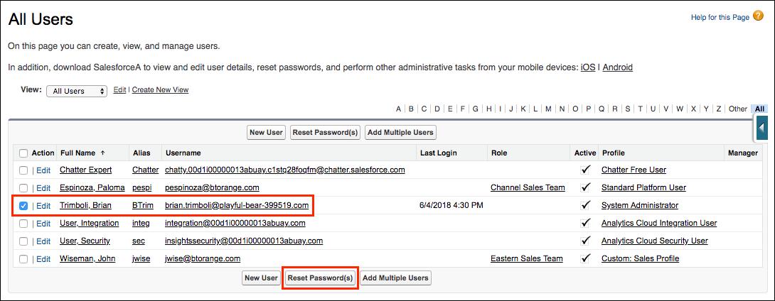 [Setup (設定)] の [Users (ユーザ)] ページで Trailhead Playground のパスワードをリセットします。