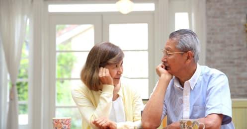 「保険に加入しすぎ?」老後に向けて支出を減らしたい夫婦。見直しのポイントは?