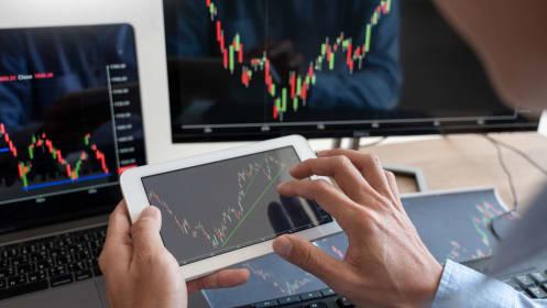 島忠株攻防戦で注目、「大量保有報告書」を投資に生かす方法