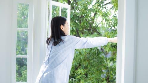 手取り年収290万、実家暮らしの40歳女性。マンションを買うならいくらが妥当?