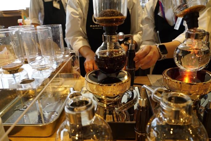 mameiroでは本格抽出したコーヒーを飲める