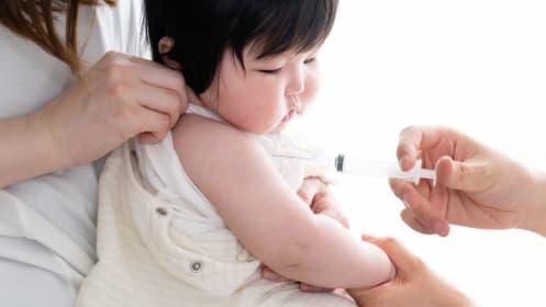 子どもの予防接種、うっかりするとムダな出費に!ロタワクチン無料化など10月からの大きな変更点