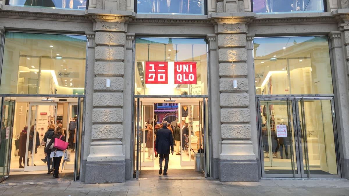 「ユニクロ」はイタリア人になぜ人気?現地で行列が続く繁盛具合 – MONEY PLUS