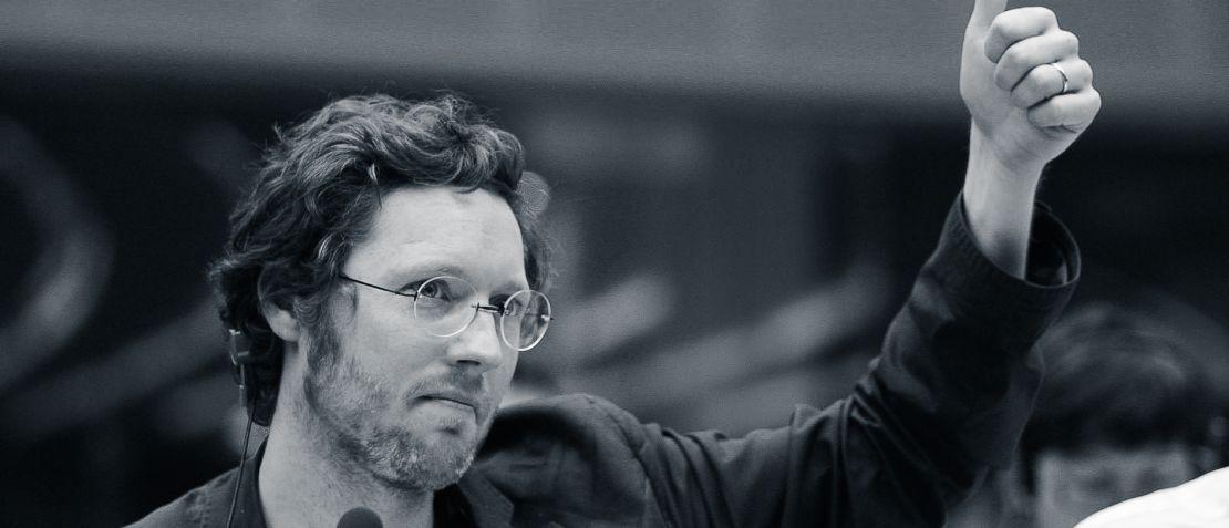 <h3>Democracy - Im Rausch der Daten</h3><h4>ein Film von David Bernet</h4>