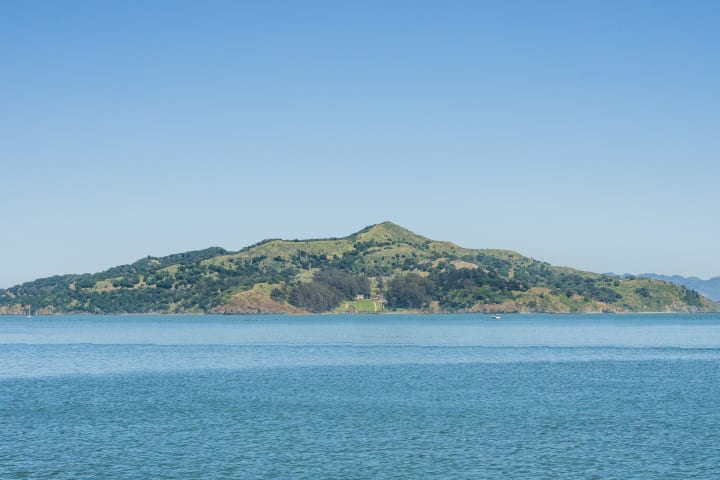 Angel Island Ferry (Roundtrip)