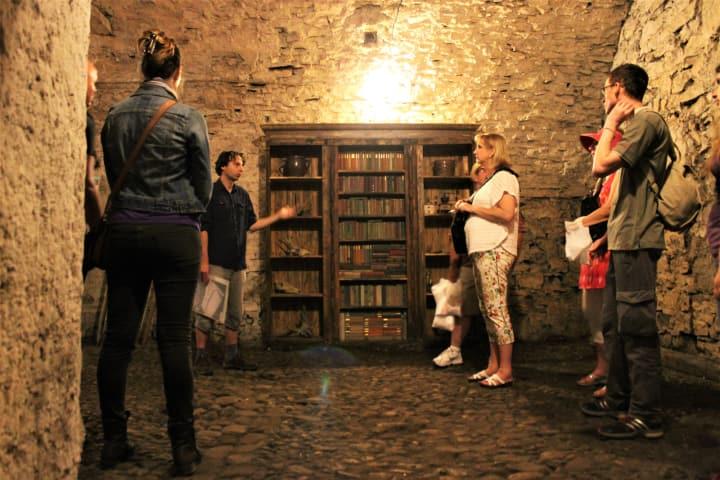 Bus & Old Town Medieval Underground Tour