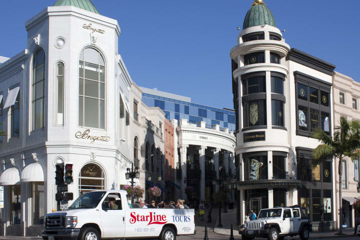 Celebrity Homes & Rodeo Drive Shopping Tour