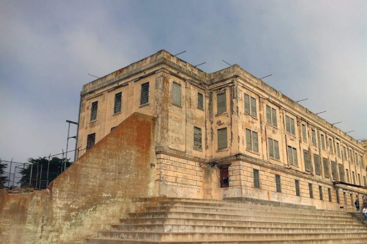 Alcatraz cellblock nq1lbq