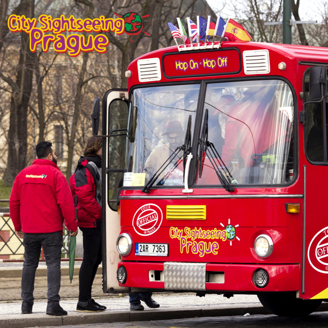 City Sightseeing Bus Host