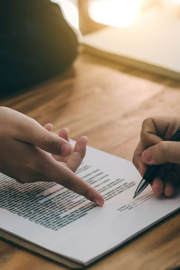 Common Reasons Why a Business May be Accused of Breach of Contract
