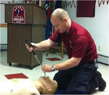 Instructional use of laryngoscope
