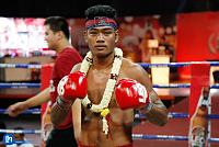 Max Muay Thai: Khun Khouthhoeun...