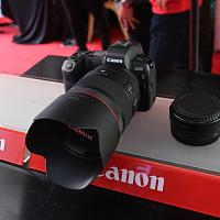 Canon សម្ពោធកាមេរ៉ា EOS R/ EOS RP ក្ន...