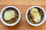 french onion soup with bread and gruyere cheese   Classpop