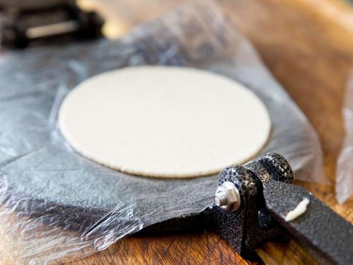 making homemade tortillas   Classpop