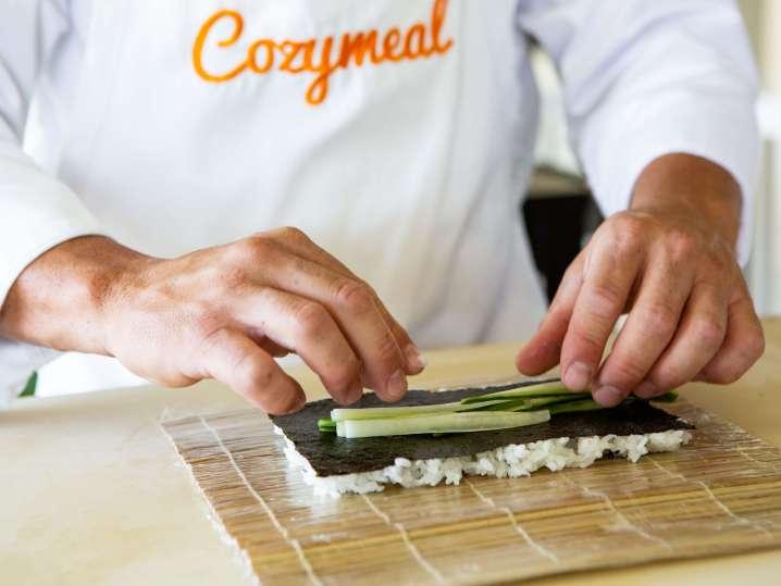 chef making sushi rolls | Classpop