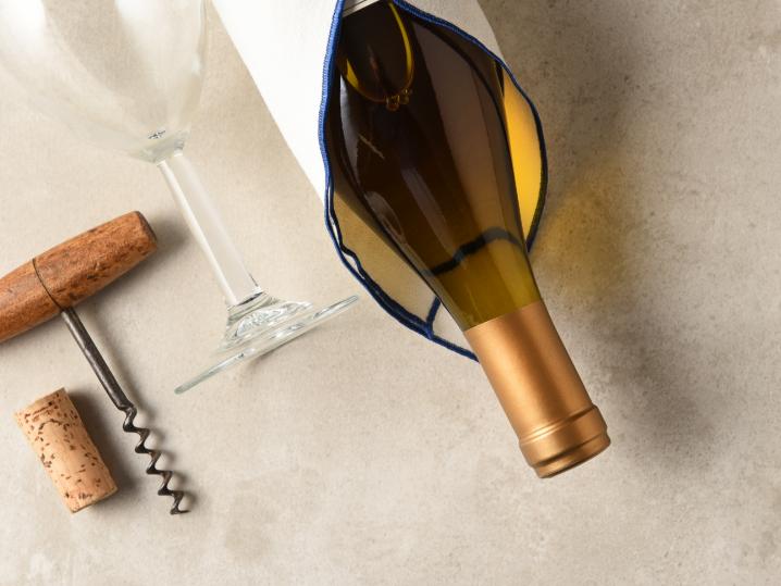 white wine bottle | Classpop