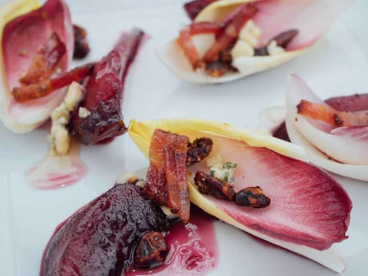 poached pear and endive salad | Classpop