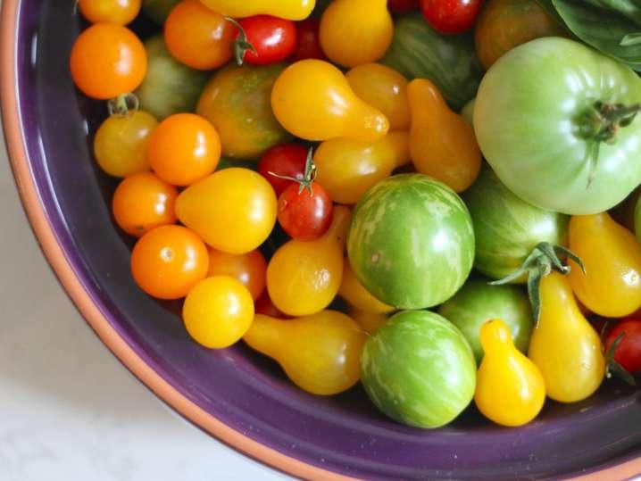 mixed heirloom tomatoes | Classpop