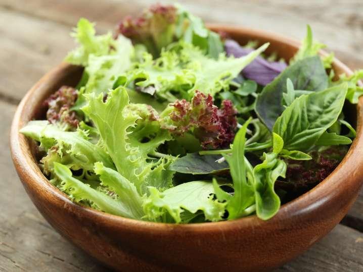 Green herb summer salad | Classpop