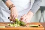 chopping cucumber | Classpop