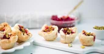 Snacks recipes: Cranberry Brie Bites