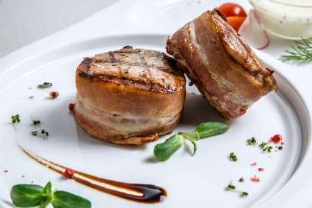 filet mignon wrapped in prosciutto