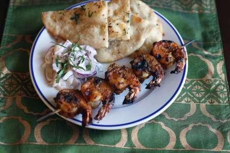 Shrimp skewer and naan