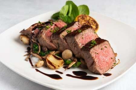 michael classic steak dinner