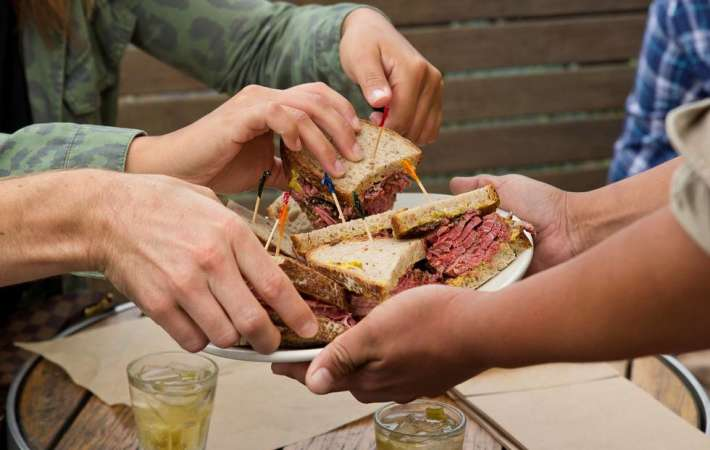 A city food tour can be a fun team building activity
