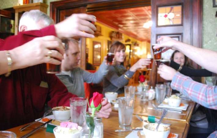 join sampling syracuse food tours for a fun food tour in new york