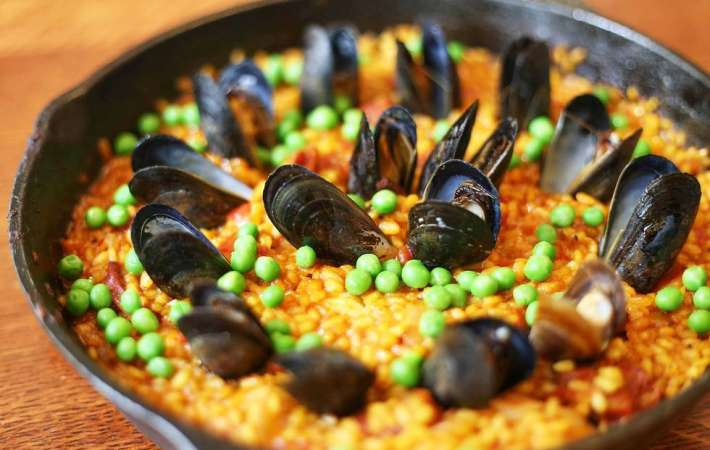 Consider a paella class for a team building event