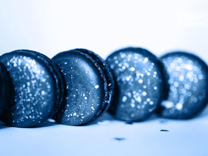 Blue Milk Macarons