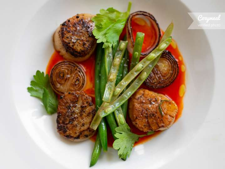 day boat scallops with haricot vert