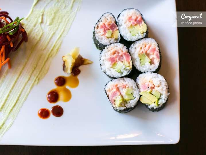Yellowfin Tuna Maki Roll
