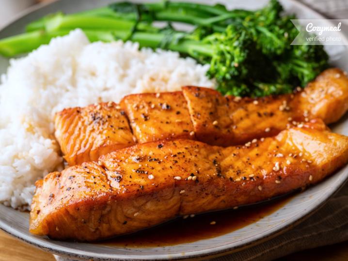 Thai chili salmon with broccolini