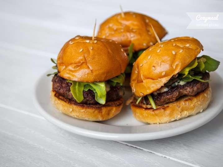 burger with brioche buns
