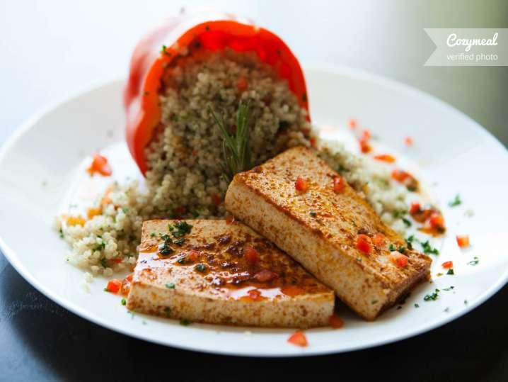 Tofu with quinoa
