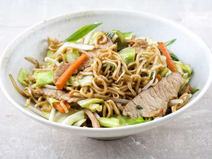 Japanese Yakisoba Chicken Noodles