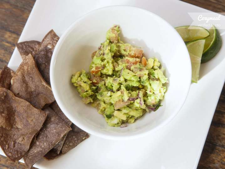 galaxy guacamole with corn chips