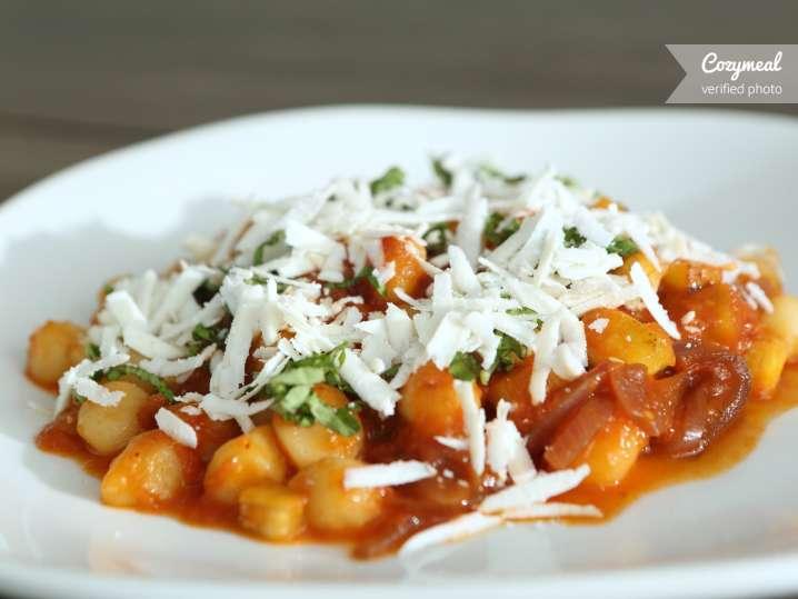 gnocchi with tomato basil sauce