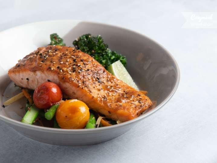 honey glazed salmon salad
