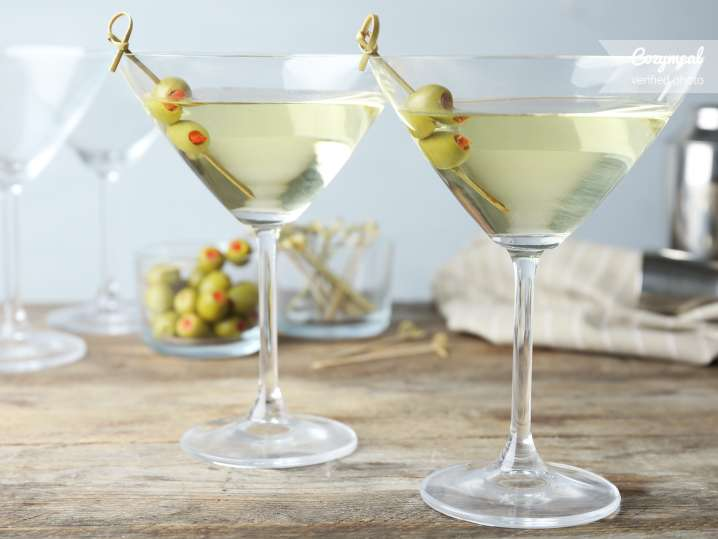 classic olive martini