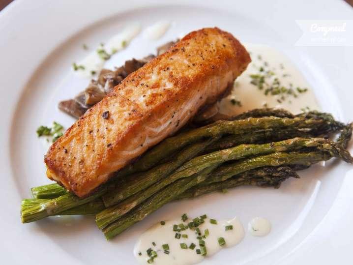 shio salmon with asparagus