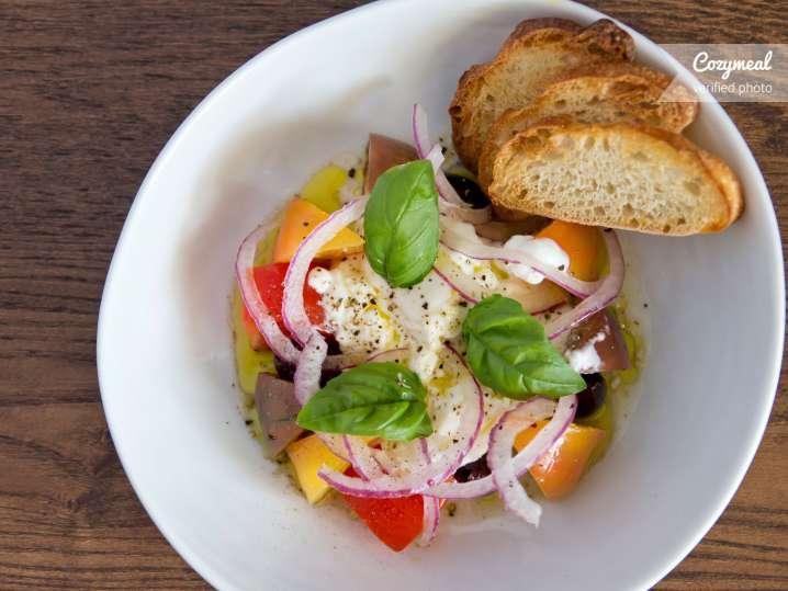 burrata and tomato salad