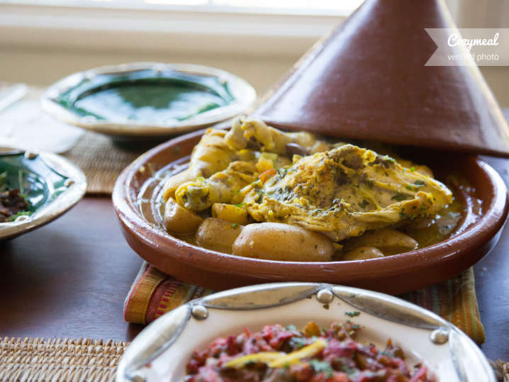 how to cook chicken in a tagine
