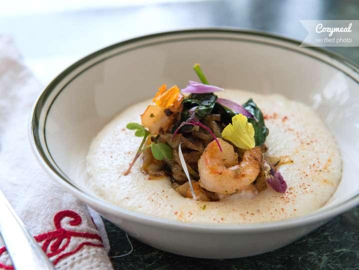 shrimp and white cheddar grits