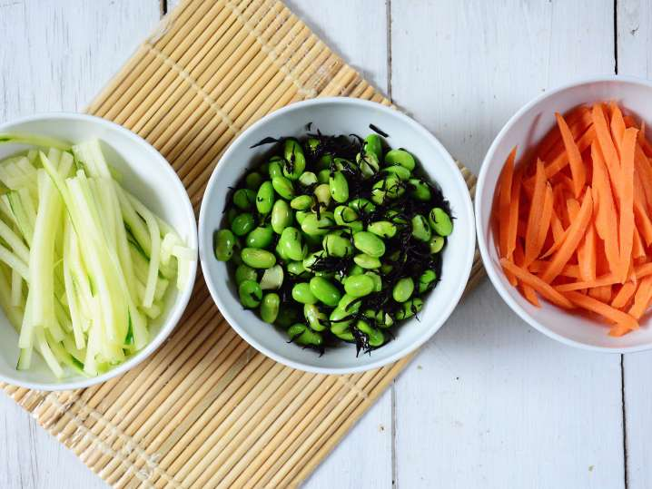 ingredients for making spring rolls