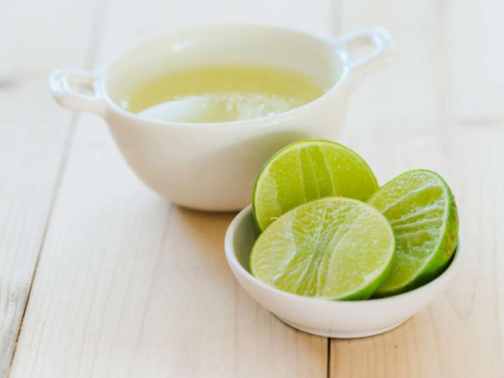 fresh squeeze lime juice and limes