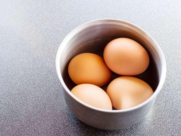 eggs in a ceramic bowl